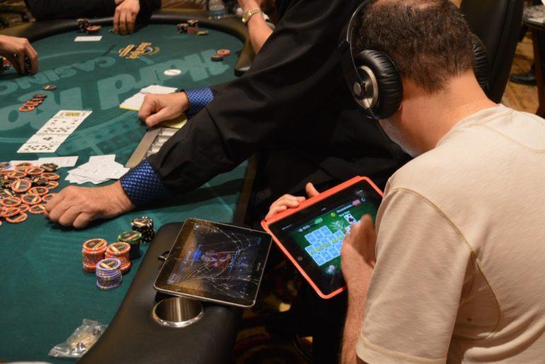 Покер онлайн поиграть официальный покер онлайн